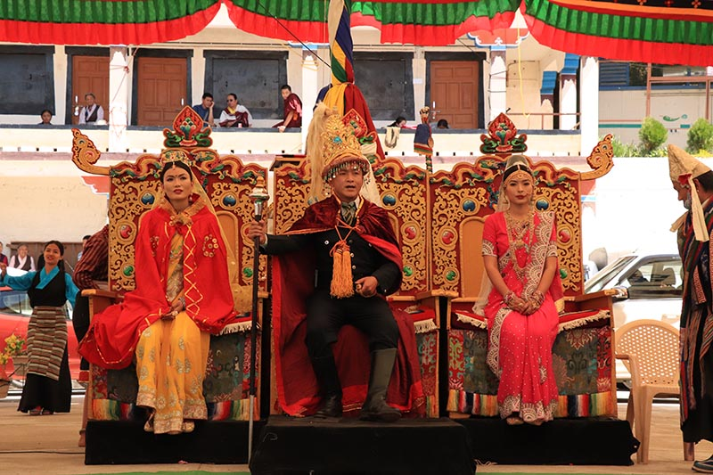 THE CHINESE AND NEPALESE PRINCES (TIPA)